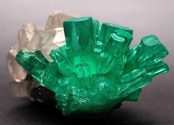 how to clean raw emeralds